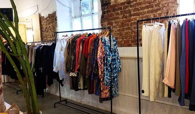 Шоу-рум женской одежды с интернет-магазином