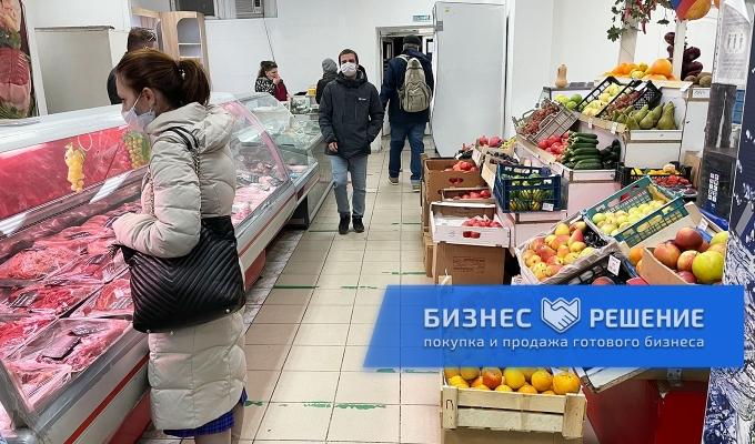 Продуктовый магазин у метро Отрадное