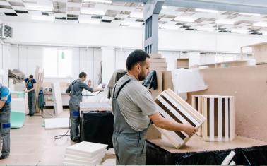 Компания по изготовлению мягкой мебели