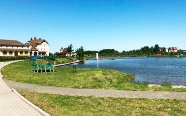 База отдыха семейного типа у озера в Подмосковье