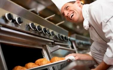 Доставка еды с огромной базой постоянных клиентов