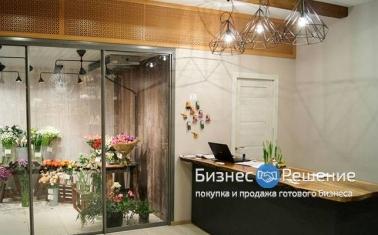 Цветочные магазины у метро (САО)
