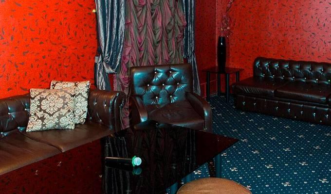 Караоке-клуб с рестораном и VIP-комнатами