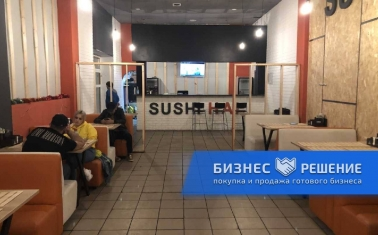 Суши-бар в ТРЦ с отдельным входом