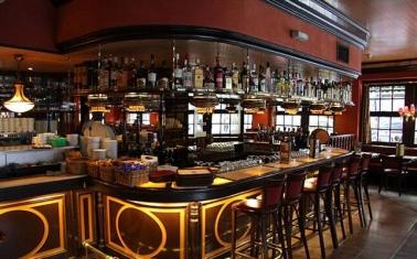 Спорт-бар в центре Москвы с алкогольной лицензией