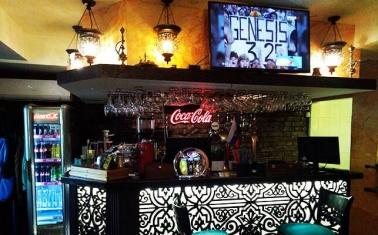 Популярное кафе в историческом центре Москвы