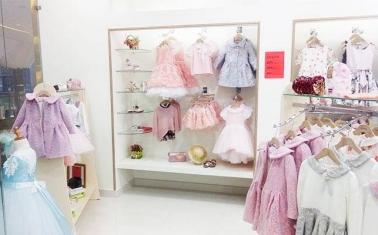 Успешный салон брендовой одежды для детей