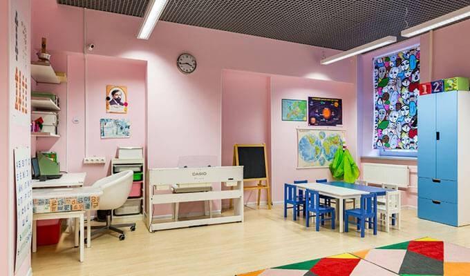 Детский развивающий центр в САО в густонаселенном районе