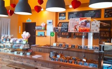 Кафе-пекарня в проходном месте