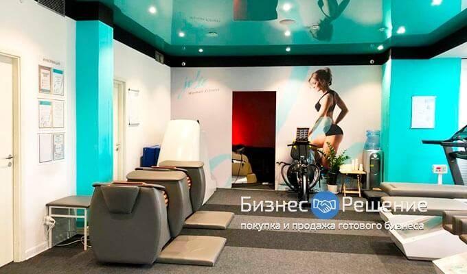 Фитнес клуб для девушек в москве с стрептиз видео в стриптиз баре