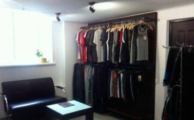 Магазин по продаже спортивной одежды и питания